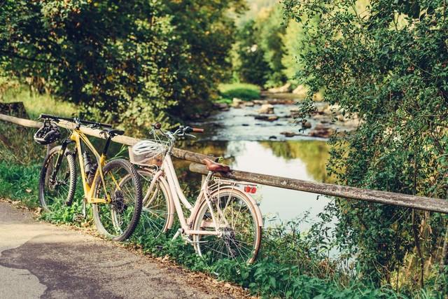 Fahrräder am Geländer in Abtsgmünd
