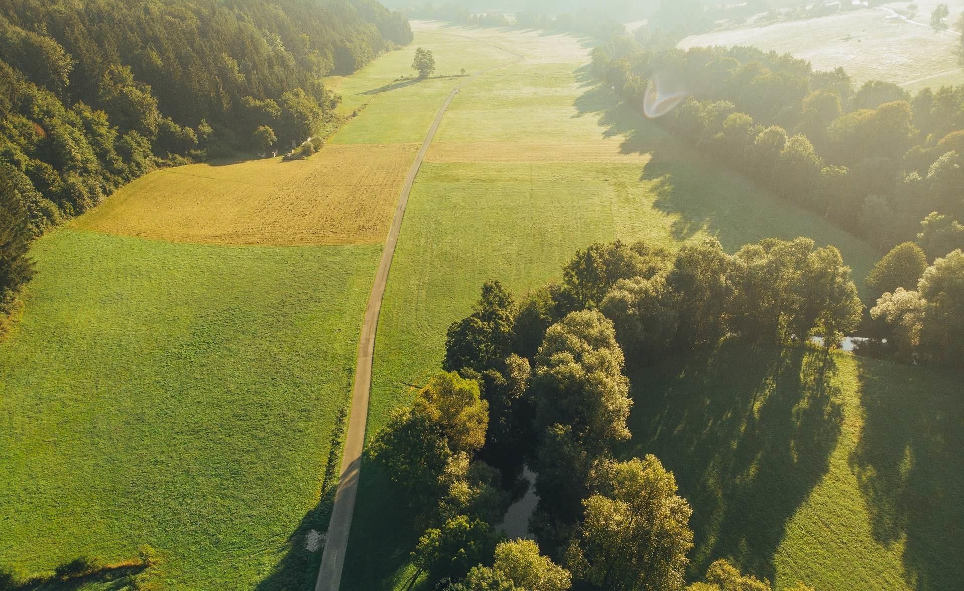 Luftaufnahme vom Kocher-Jagst-Radweg bei Wengen-Untergröningen
